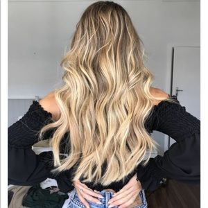Halo Hair Extensions- Sitting Pretty